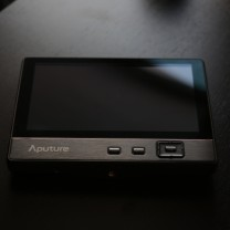 aputure-v-screen-v-3-2