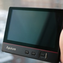 aputure-v-screen-v-3-7