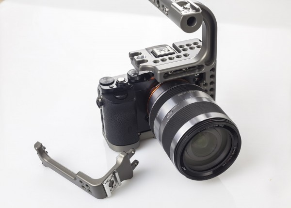 sony-a7s-cage-9519-600x429